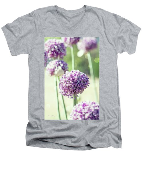 Men's V-Neck T-Shirt featuring the photograph Longing For Summer Days by Linda Lees
