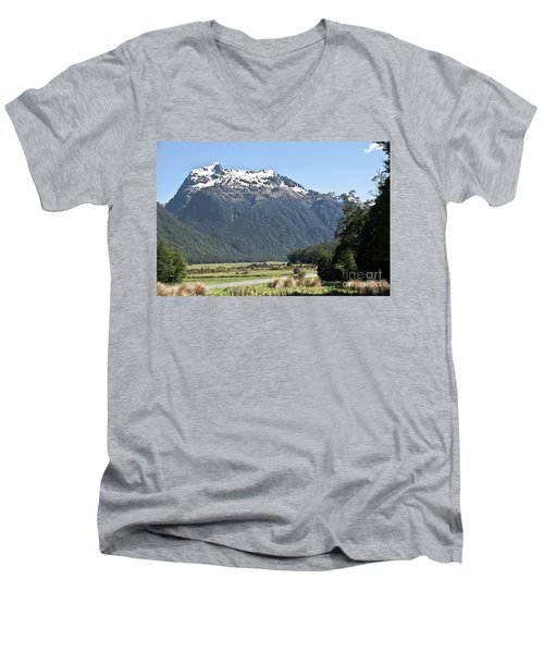 Lord Of The Rings Locations, New Zealand Men's V-Neck T-Shirt