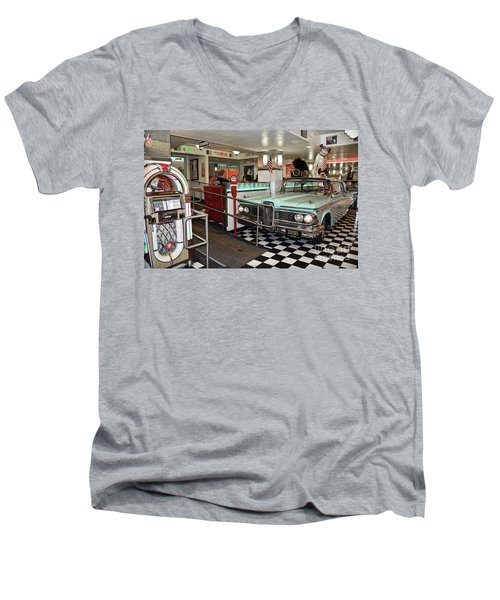 Loris Diner In San Francisco Men's V-Neck T-Shirt