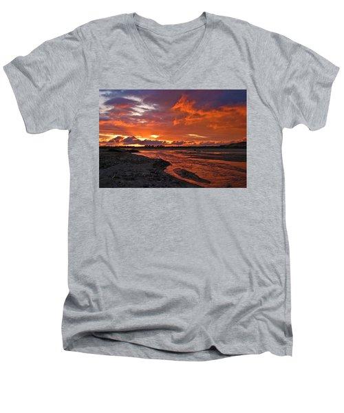 Love At First Light Men's V-Neck T-Shirt