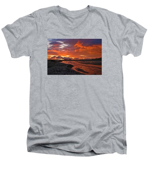 Love At First Light Men's V-Neck T-Shirt