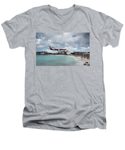 Low Landing At Sonesta Maho Beach Men's V-Neck T-Shirt