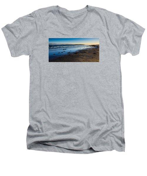 Low Tide In Winter Men's V-Neck T-Shirt