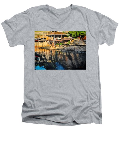 Low Water Men's V-Neck T-Shirt