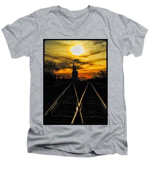 M Track Men's V-Neck T-Shirt