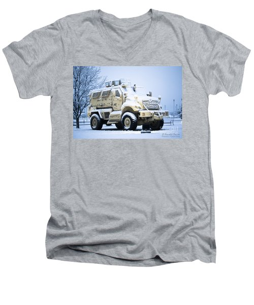 Machines Of War Men's V-Neck T-Shirt