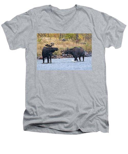 Mad Mamma Moose Men's V-Neck T-Shirt