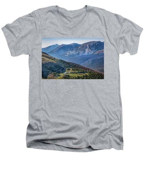 Majestic America Men's V-Neck T-Shirt