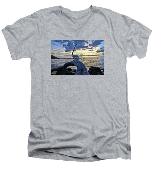 Maluaka Beach Sunset Men's V-Neck T-Shirt