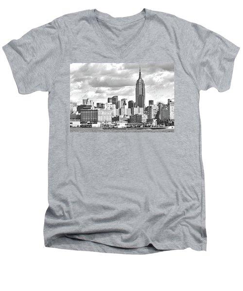 Manhattan Skyline No. 7-2 Men's V-Neck T-Shirt