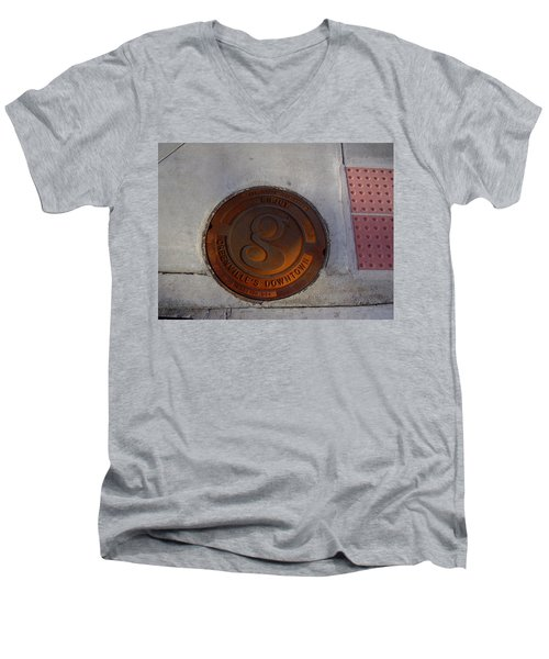 Manhole I Men's V-Neck T-Shirt