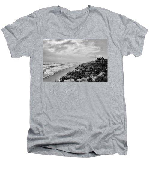 Mantoloking Beach - Jersey Shore Men's V-Neck T-Shirt