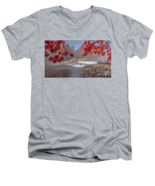 Maple Leaf Frame Ws Men's V-Neck T-Shirt