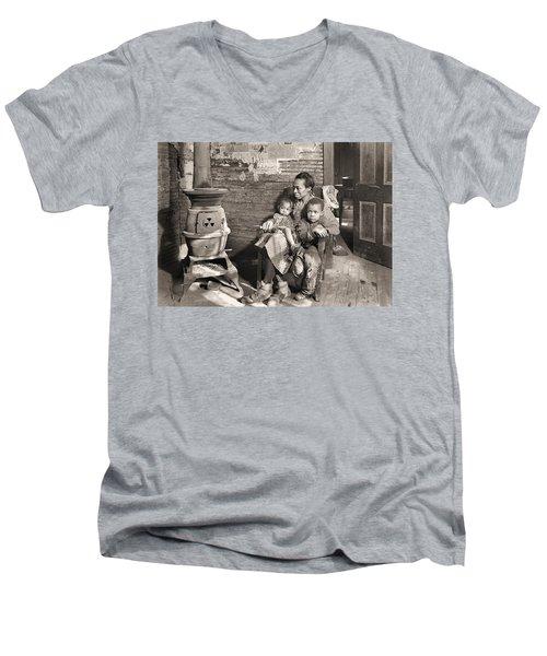 March 1937 Scott's Run, West Virginia Johnson Family. Men's V-Neck T-Shirt