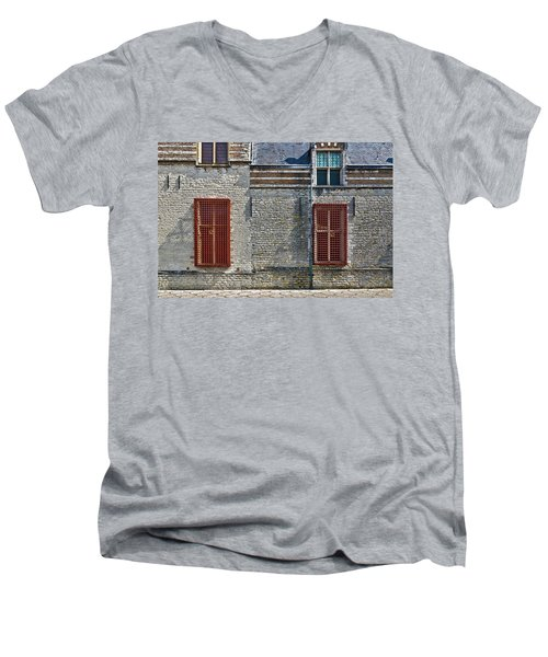 Markiezenhof In Bergen Op Zoom Men's V-Neck T-Shirt