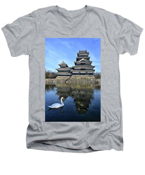 Matsumoto Swan Men's V-Neck T-Shirt