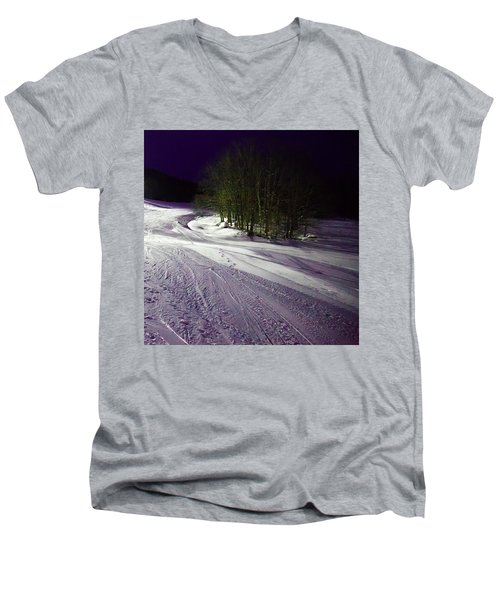 Men's V-Neck T-Shirt featuring the photograph Mccauley Evening Snowscape by David Patterson