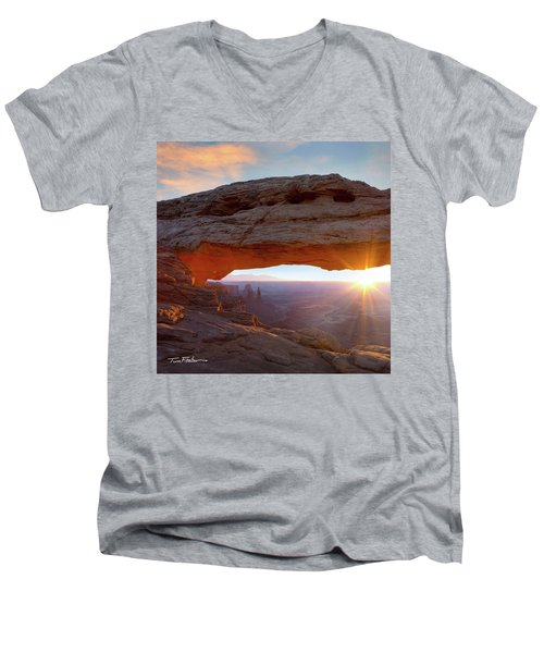 Mesa Arch, Canyonlands, Utah Men's V-Neck T-Shirt