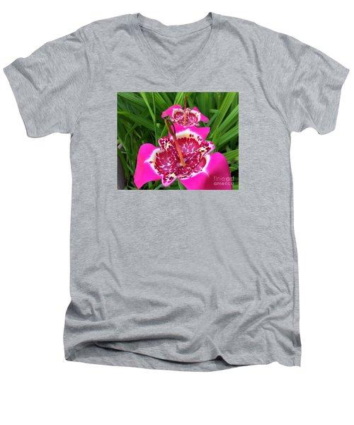 Mexican Shell Flower 2 Men's V-Neck T-Shirt