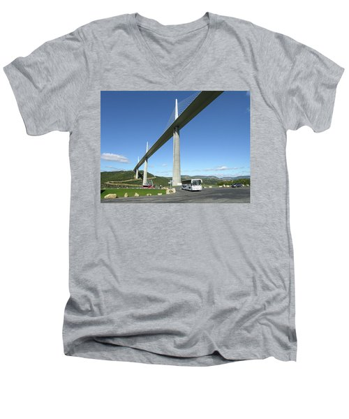 Millau Viaduct Men's V-Neck T-Shirt