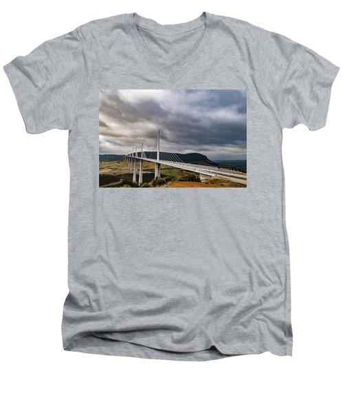 Millau Viaduct Men's V-Neck T-Shirt