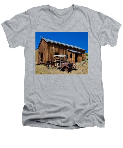Men's V-Neck T-Shirt featuring the photograph Mining Relic by Todd Kreuter