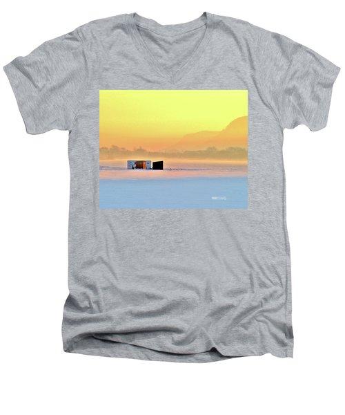 Minnesota Sunrise Men's V-Neck T-Shirt