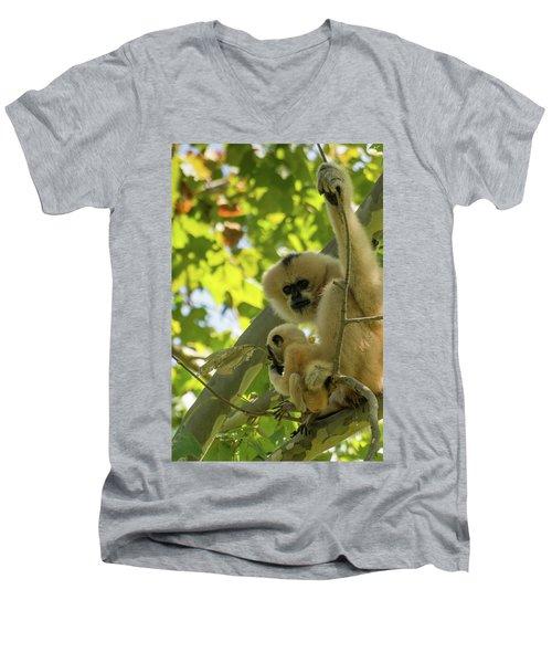 Mommy Gibbon Men's V-Neck T-Shirt