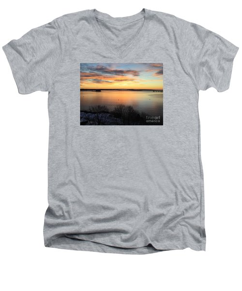 Monday, Monday Sunrise January 25, 2016 Men's V-Neck T-Shirt