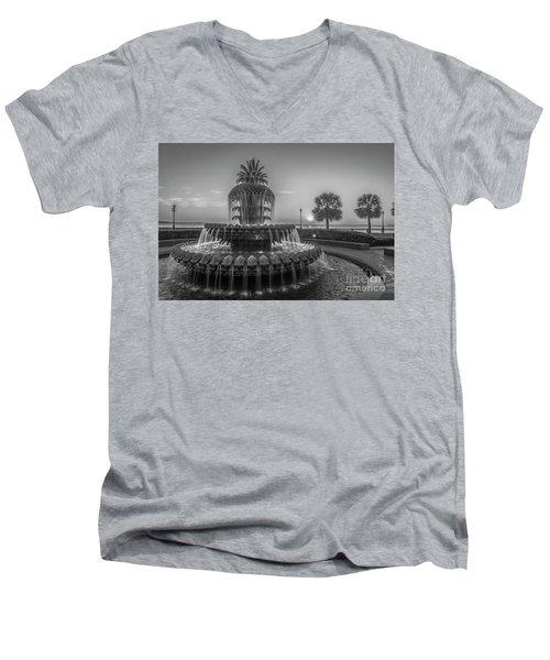 Monochrome Pineapple Men's V-Neck T-Shirt