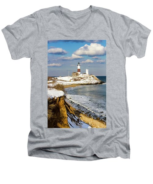 Montauk Lighthouse Winter Bluffs Men's V-Neck T-Shirt