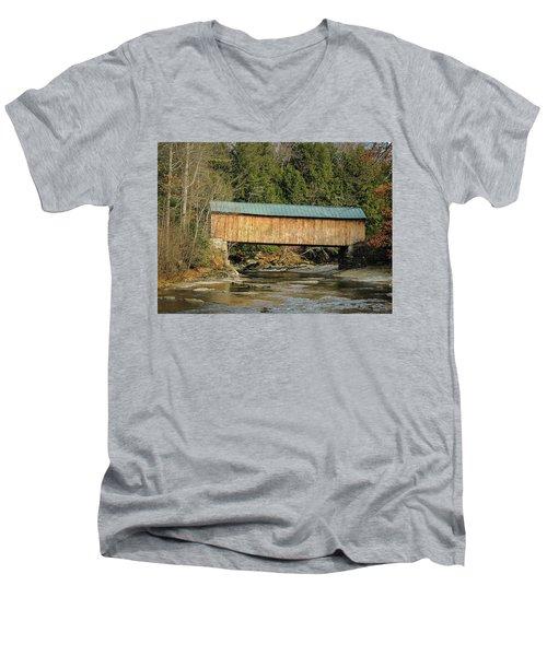 Montgomery Road Bridge Men's V-Neck T-Shirt