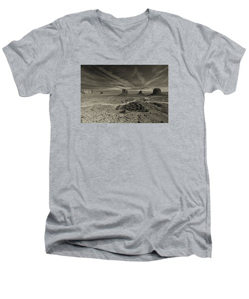 Monument Valley 2 Men's V-Neck T-Shirt