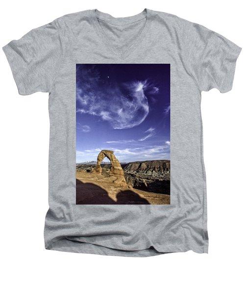 Moonset Delicate Arch Men's V-Neck T-Shirt