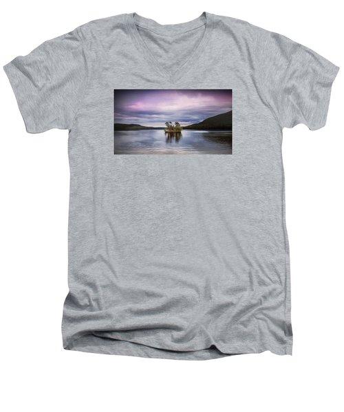 Moose Pond Maine Men's V-Neck T-Shirt