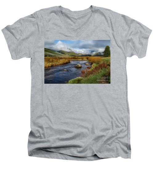 Moraine Park Morning - Rocky Mountain National Park, Colorado Men's V-Neck T-Shirt by Ronda Kimbrow
