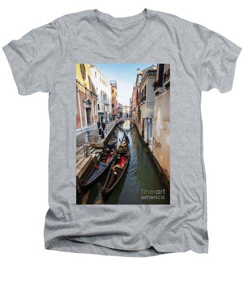 Morning In Venice In Winter Men's V-Neck T-Shirt