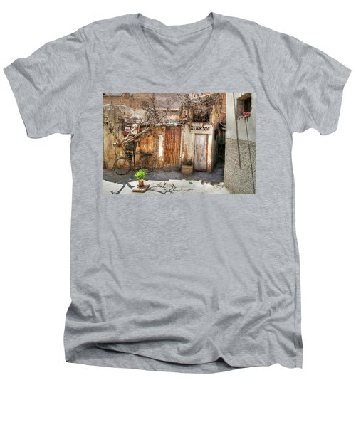 Moroccan Shanty Men's V-Neck T-Shirt