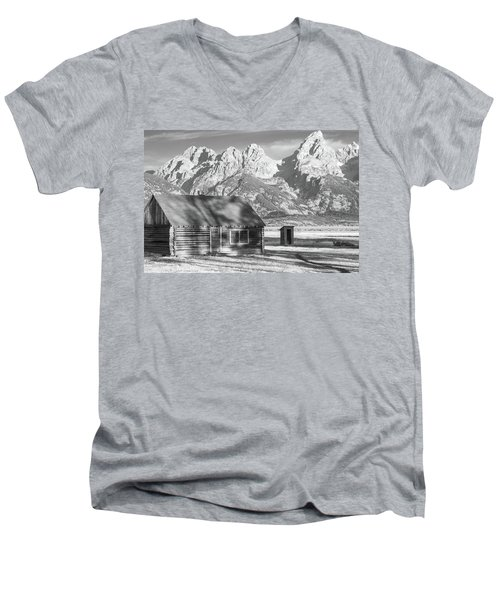 Men's V-Neck T-Shirt featuring the photograph Moulton Homestead - Bunkhouse by Colleen Coccia