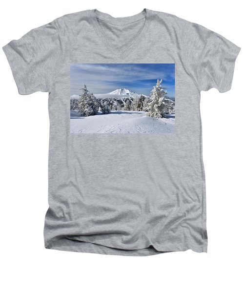 Mount Bachelor Winter Men's V-Neck T-Shirt