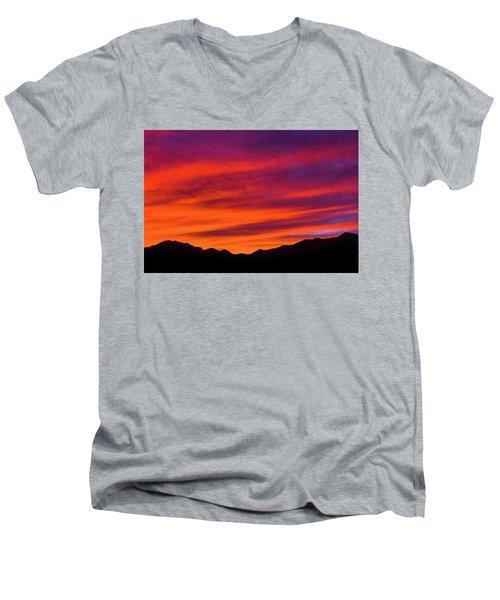 Mount Franklin Purple Sunset Men's V-Neck T-Shirt