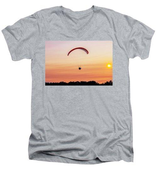 Mount Tom Parachute Men's V-Neck T-Shirt