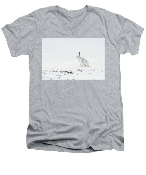 Mountain Hare Side On Men's V-Neck T-Shirt