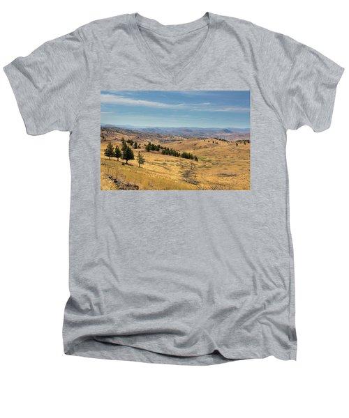 Mountainous Terrain In Central Oregon Men's V-Neck T-Shirt