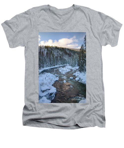 Moyie Winter Men's V-Neck T-Shirt