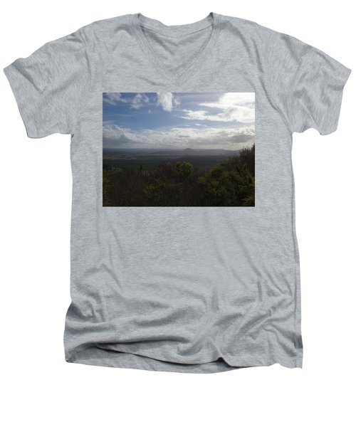 Mt Coolum Men's V-Neck T-Shirt