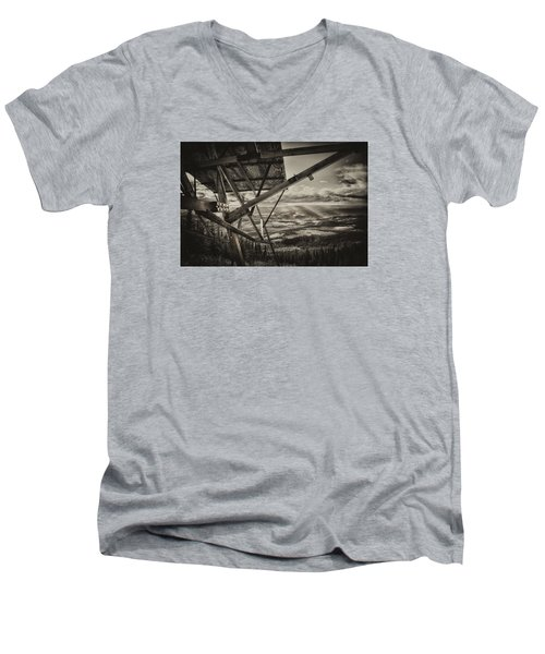 Mt Lolo Hang Gliding Ramp Men's V-Neck T-Shirt