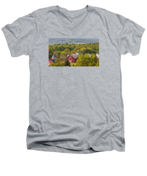 Mt View Farm In Summer Men's V-Neck T-Shirt