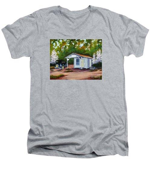 Myers Mill Post Office Men's V-Neck T-Shirt