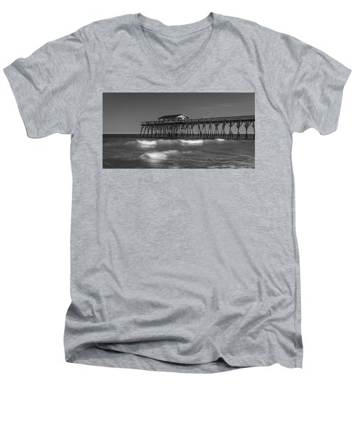 Myrtle Beach Pier Panorama In Black And White Men's V-Neck T-Shirt